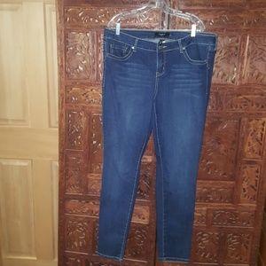 Torrid skinny jean-medium wash tall size 18